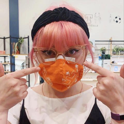 Wear_a_mask_tissue_18644453-aa01-4038-937e-0ccc3a21e8b4_large.jpg
